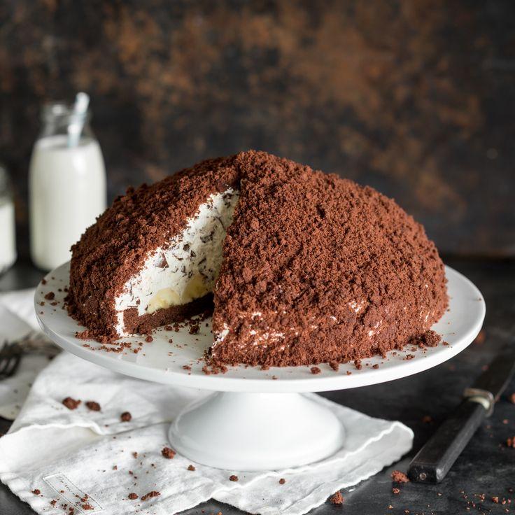 Die Fertigmischung kannst du ab jetzt getrost im Supermarkt stehen lassen: Einen Maulwurfkuchen selber zu backen ist nämlich viel einfacher, als du denkst.                                                                                                                                                                                 Mehr
