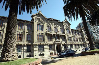 Pontificia Universidad Católica de Valparaíso,Chile