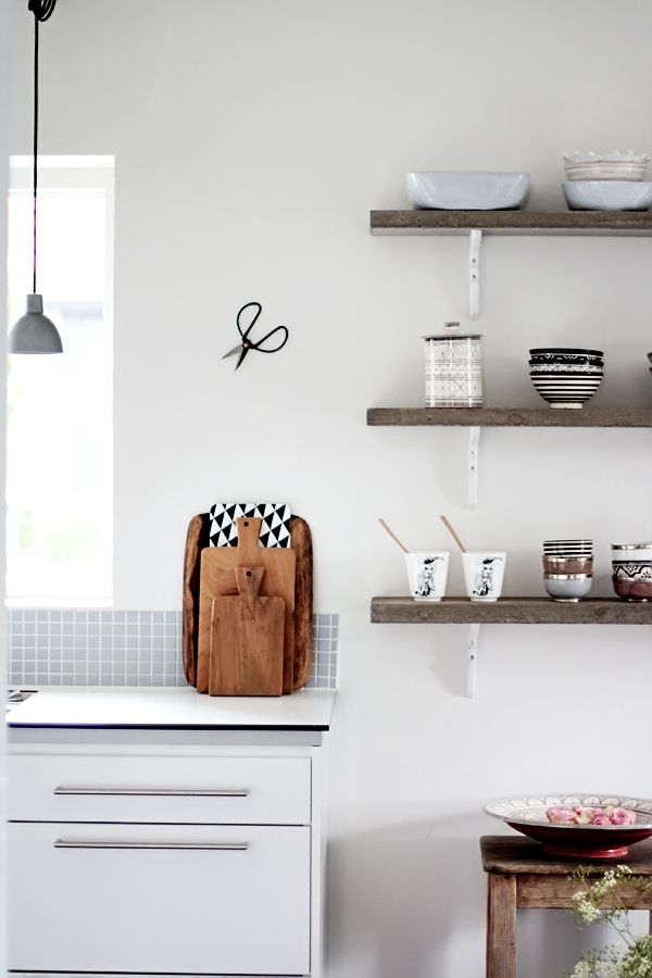 rustic wood shelves + white brackets Interior design kitchen storage