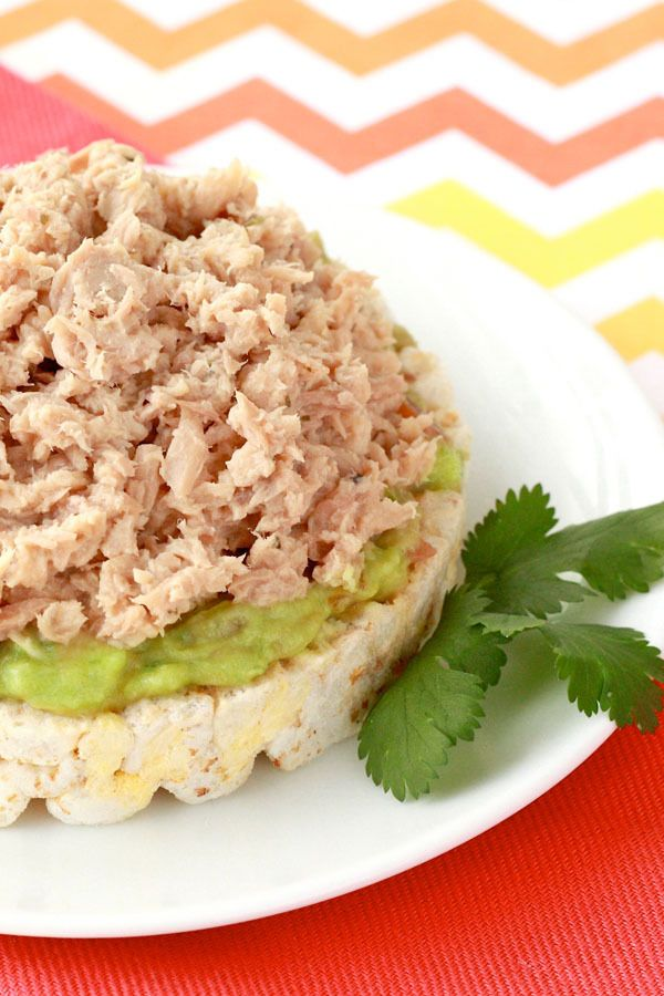 Hungry Girl's Avocado Ranch Tuna Snack is the delicious spring and summertime meal you've been looking for: http://starki.st/fsSqgE