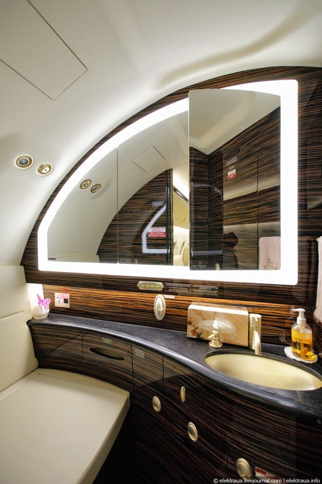 20 best images about mode of transport iv on pinterest for Private jet bathroom