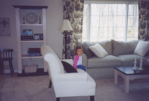 Лили в семейном номере новая мебель 2004