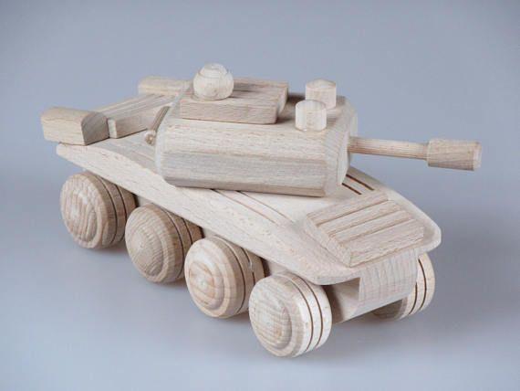 Réservoir en bois jouet