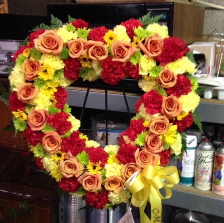 Lavish Collection Delivery Paducah Ky Rose Garden Florist Inc