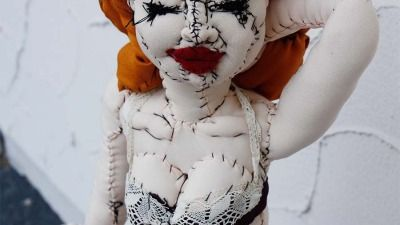 Pin-Up-Girl von Anne Valérie Dupond