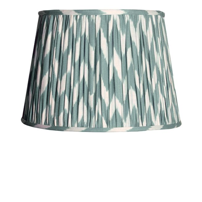 A gathered straight empire shade in a softly spoken, beautiful zig-zag ikat pattern. We've called it eau-de-nil as green just didn't cut it