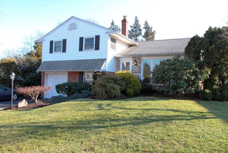 2224 Winding Way Broomall, PA 19008 home for sale Delaware County, more info here: http://www.anthonydidonato.net/wordpress/2017/01/27/2224-winding-way-broomall-pa-19008-home-sale-delaware-county/