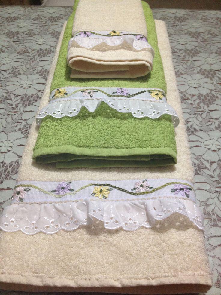 Toallas bordadas con listón