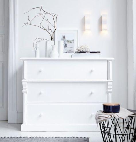 Wunderschöne weiße Kommode von Impressionen.de * minimalistischer Einrichtungsstil * interior design * bedroom