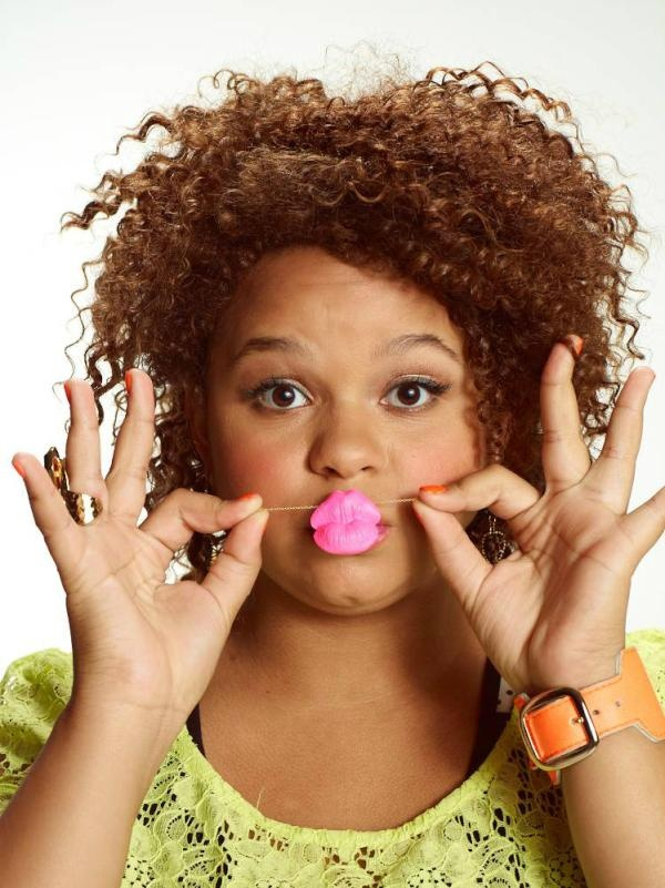 Rachel Crow is such a cutie--playing with the Big Kiss Necklace from Elephant Heart