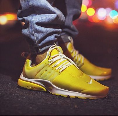 Nike Air Presto: Yellow