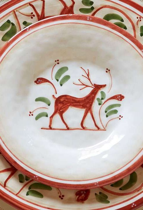 Set your table in festive fashion this holiday season with the beautiful Set of Four Renna Chargers that boast a hand-painted reindeer design that's sure to leave a lasting impression on your guests.