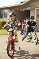 "Guide to Kid's Bike Sizes 26-34"" Tall = 12"" Tire 34-42"" Tall = 16"" Tire 42-48"" Tall = 18"" Tire 48-56"" Tall = 20"" Tire"