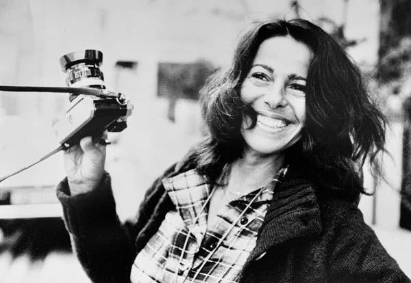 Sally Soames, Fearless Photographer With Personal Touch, Dies at 82 – The New Yo…   – Cool Older Women