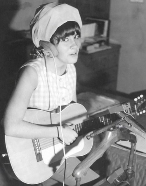teenager Stevie, with her hair in rollers, covered with a scarf and headphones, strumming her guitar and sort of smiling at the camera ~ a super rock star in the making   ☆♥❤♥☆