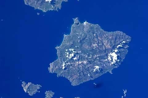 Η Νάξος όπως την φωτογράφησε ο αστροναύτης Paolo Nespoli από τον Διεθνή Διαστημικό Σταθμό. Photo Credit: Paolo Nespoli