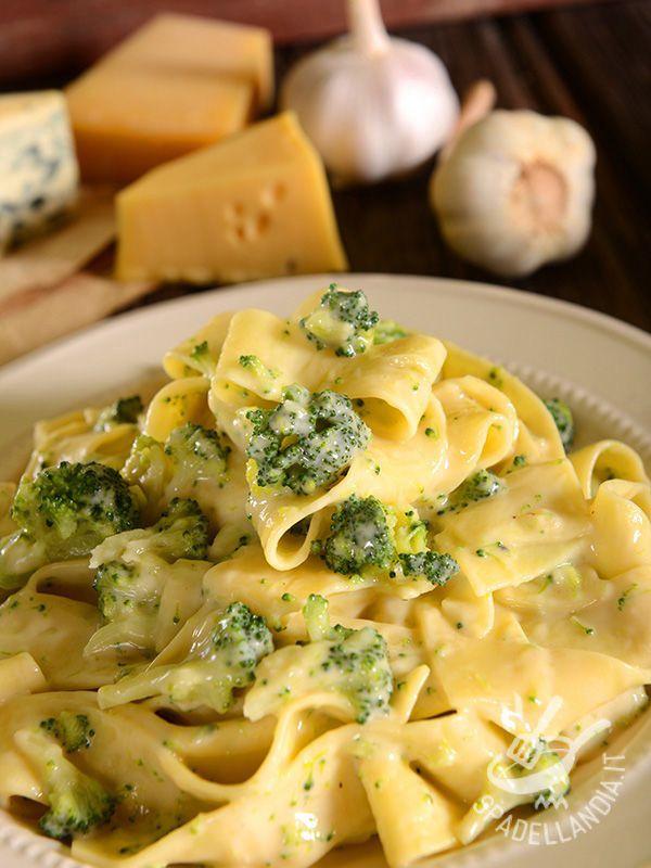 Pappardelle ai quattro formaggi e broccoletti