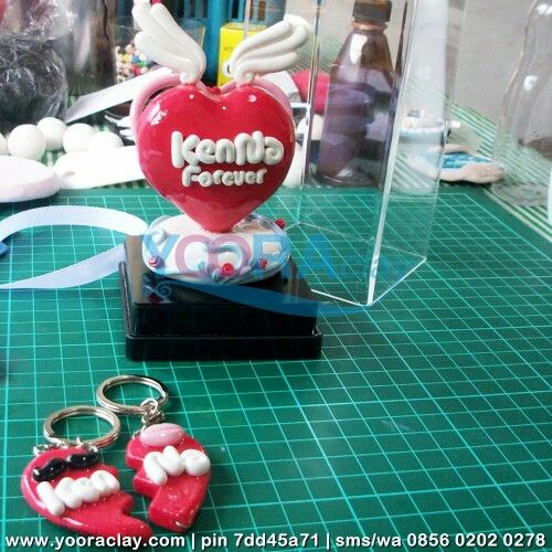 Clay dalam Box Acrylic KenNa Forever