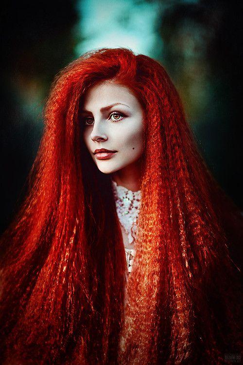 svetlana belyaeva - intense Red crimped hair