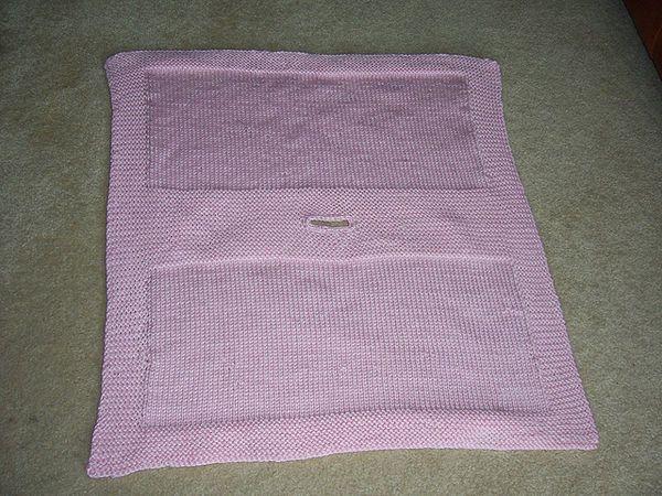 Knitted Car Seat Blanket Pattern | Car seat blanket, Baby seat
