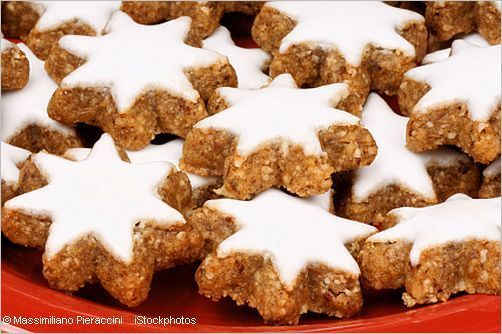 Zimtsterne - Cinnamon Stars   Heavenly German Christmas cookies