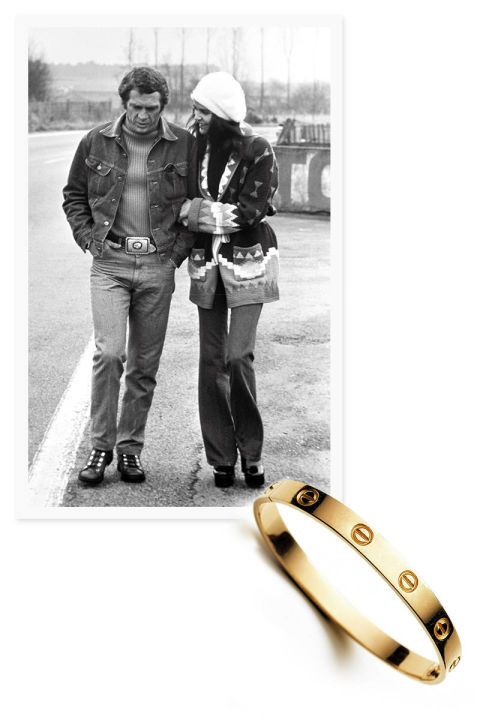 Steve McQueen and Ali MacGraw met during the shooting of Sam Peckinpah's The Getaway, in 1972, and married the following year. The bracelet can only be opened with a screwdriver supplied with the jewel. It is said that the actress refused to remove the bracelet during the shooting. Love bracelet Cartier New York, 1970 [Note the Love Bracelet will not be displayed in the exhibit.]