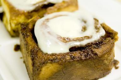 15-Minute Recipe for Cream Cheese Glaze    Erica's rec'd for pumpkin cream cheese bundt cake