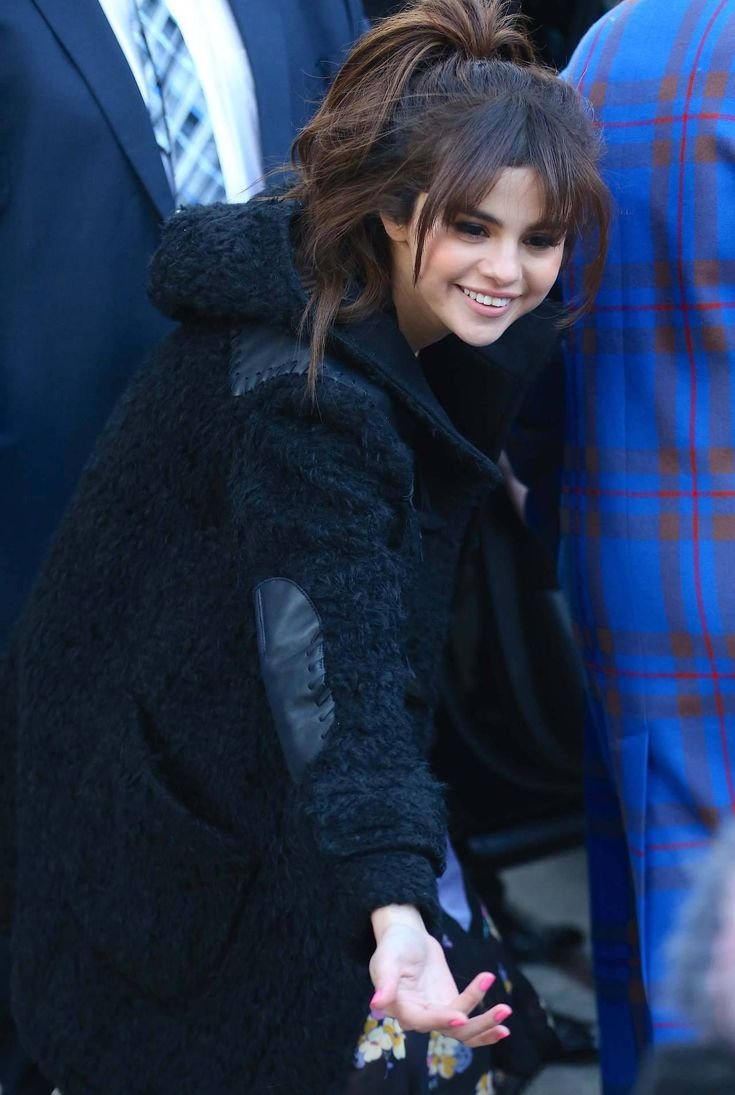February 13: [More] Selena out and about in New York City, NY [HQs]