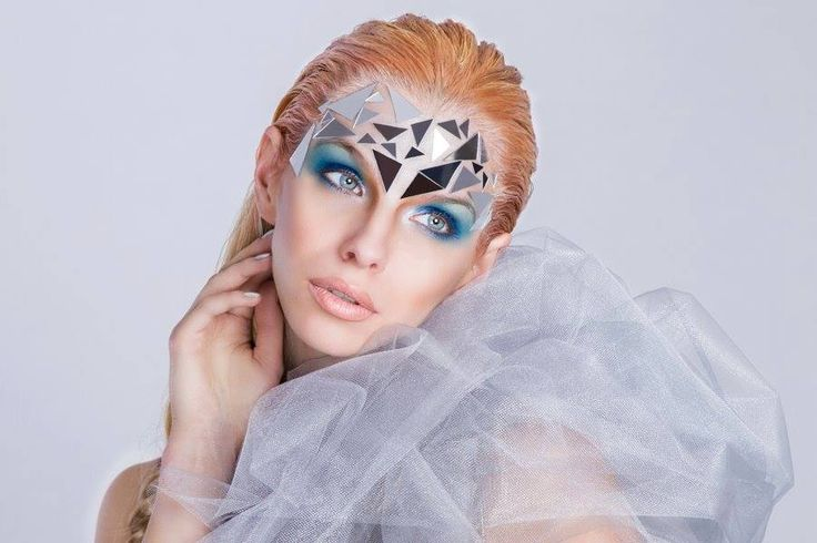 Ice make-up queen! #icemake-up