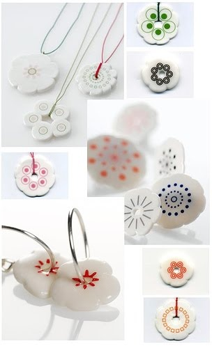 Anne Black- ceramic jewelry, I want some :)