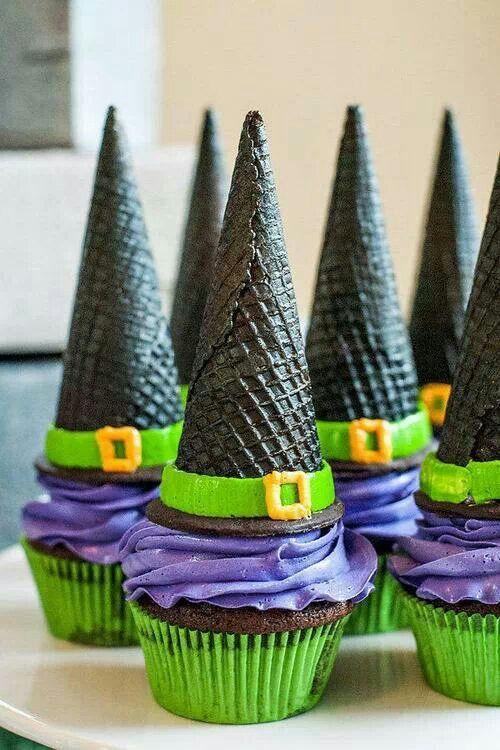 Witch Hat Cupcakes.