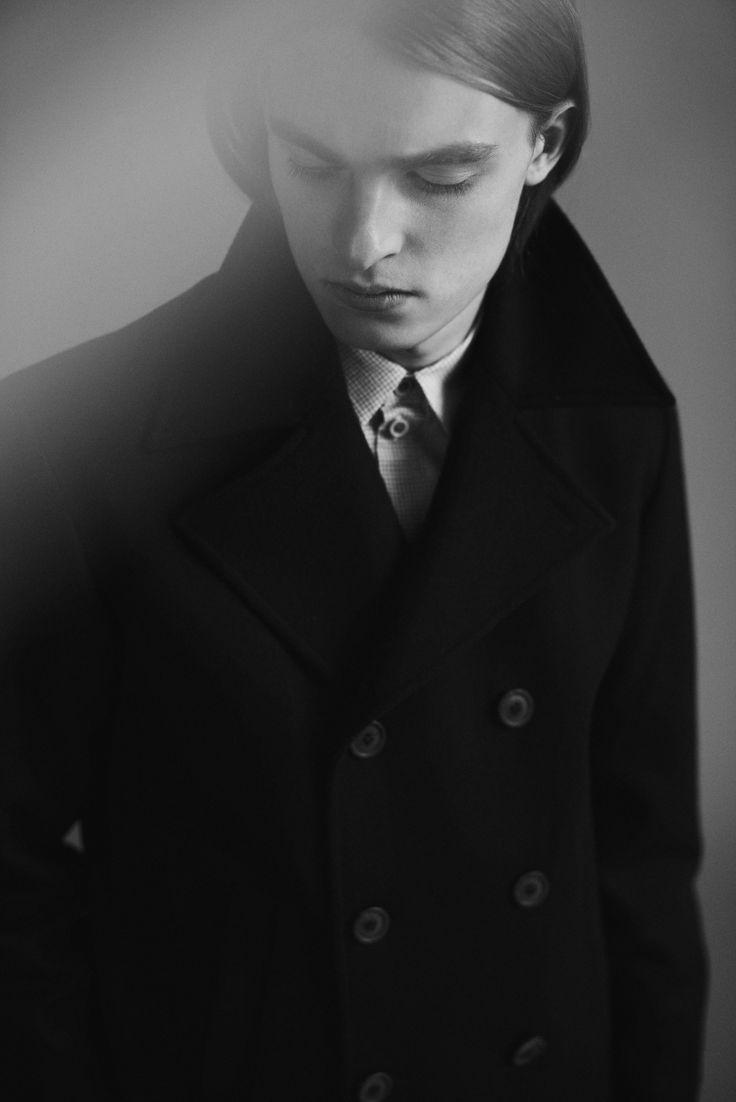 Samuji Man Capsule Collection | Photographer Niko Mitrunen