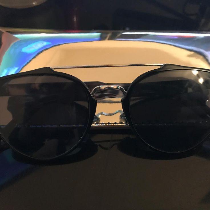 Parfois Total Black SunGlasses