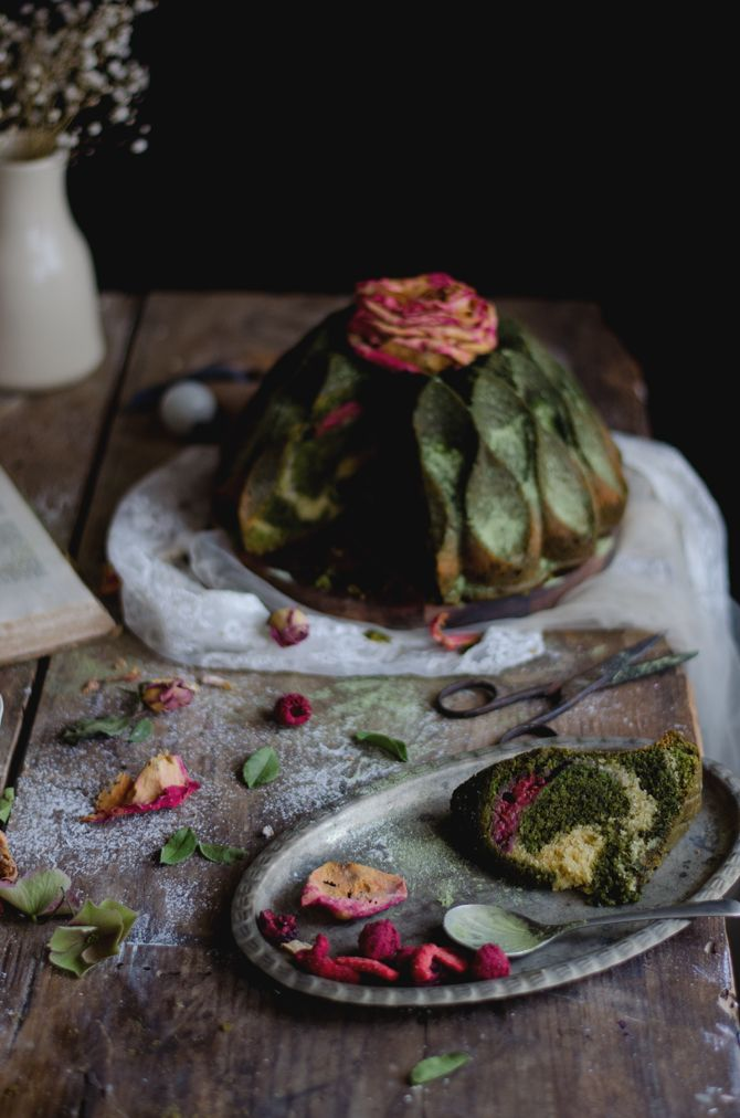 Sempre adorei formas de bolos mas só fiquei mesmo rendida quando experimentei uma da Nordic Ware. É impressionante, por mais cavidad...