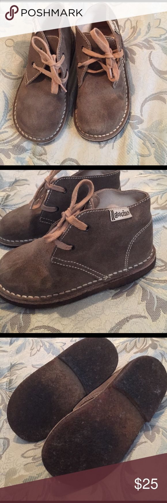 Naturino Falc kids shoes leather suede m in Italy My favorite shoes - been in storage so need a good suede brushing and broken in again.  Can't find size but think about a 10 toddler - message me for measurements - beautiful condition Naturino Shoes