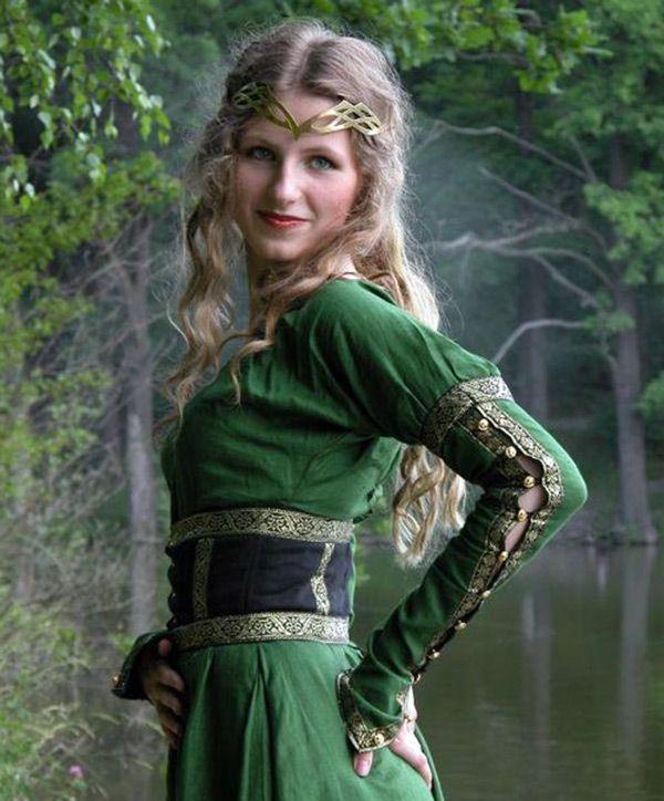 Женские прически средневековья