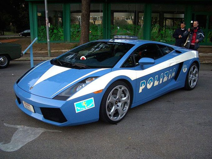 Image result for Italian police add new superfast Lamborghini to fleet