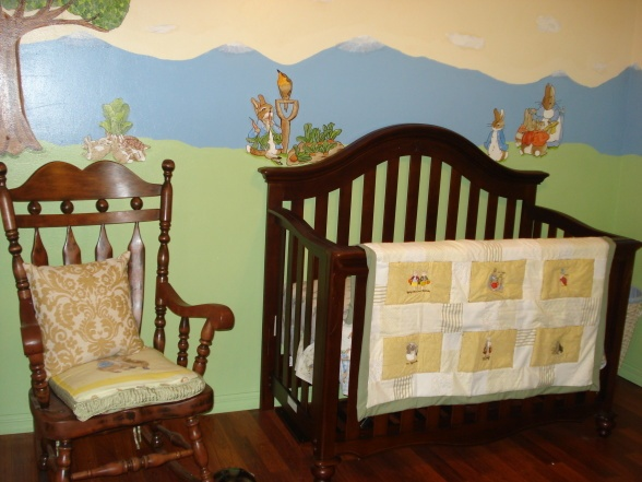32 best images about peter rabbit nursery ideas on pinterest for Beatrix potter bedroom ideas