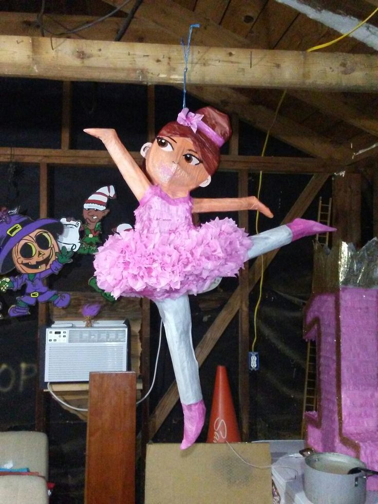 86 Best Images About Pinatas On Pinterest Goody Bags