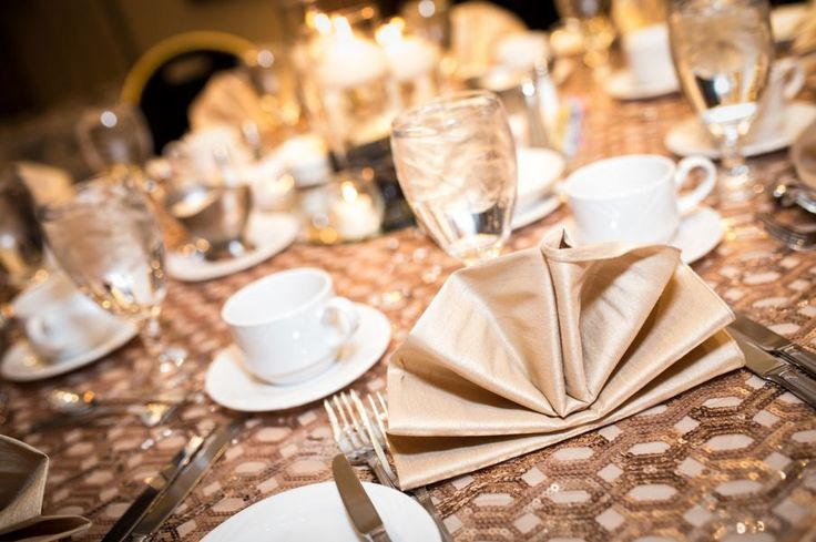 Geometric + Sequin makes so a swoon worth table