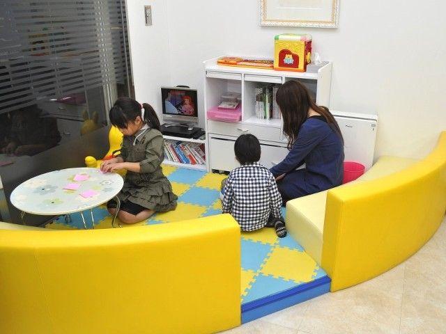 【藤和ハウス東久留米店 キッズスペース写真】 小さなお子様もご一緒に安心してご来店頂けます。 http://www.towa-house.co.jp/kurume/