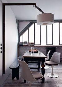 """NOIR BLANC un style: """"French touch"""" pour un appartement-loft rénové en plein Paris."""
