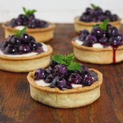 Fresh Mini Blueberry Tart www.elegantaffairscaterers.com #elegantaffairs #andreacorreale facebook.com/elegantaffairscaterers