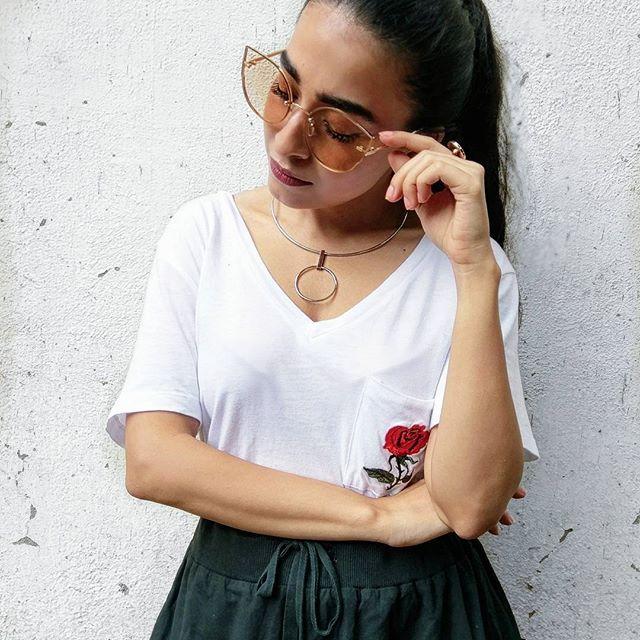 #NehaMenghwani #stylessential #blurbook -@dhwanisomaiya   .  .  .  .  .  .  .  .  .  .  .  .  .  .  .  .  .  #statementjewelry #silverchoker #peachshades #detailoftheday #jewelleryoftheday #new #fashionblogger #styleblogger #indianstyleblogger #indianfashionblogger #mumbaifashionblogger #streetstyle #fashionweek #jewellery #fashionjewellery #indiangirl #accessoryoftheday #marblering #love #li...