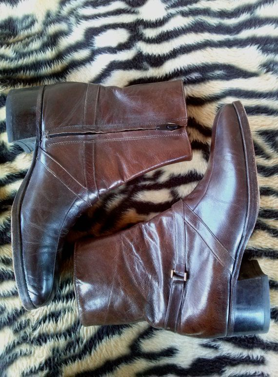 Vintage 1970s Mens Boots Brown Beatle Boots Florsheim US Mens Sz 6.5 Womens Sz 8.5 2016102 #WomensSz8 #1970s #MensVintage #70sBoots #MensSz6 #Florsheim #LeatherFashion #BeatleBoots #boots #MensBoots