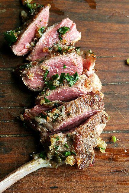 Côtelettes d'agneau sauce à l'anchois au sel, miam !