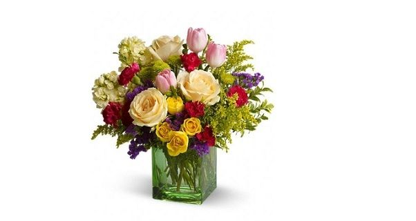 http://articles.org/which-flowers-are-ideal-to-give-to-your-mother/ Which Flowers are Ideal to Give to Your Mother #Florist In Malaysia #Flowers Online #online florist in Malaysia