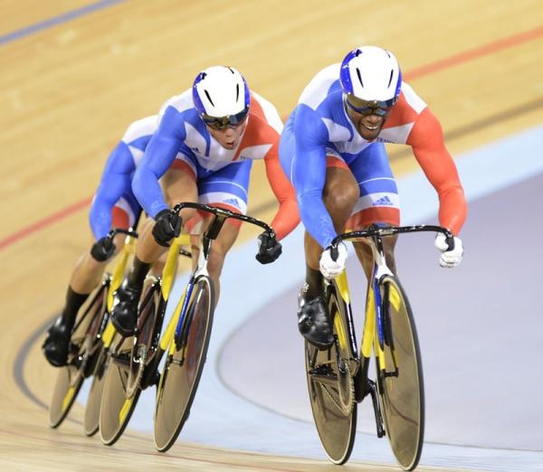 Gregory Bauge sets the French team rolling in the team sprint