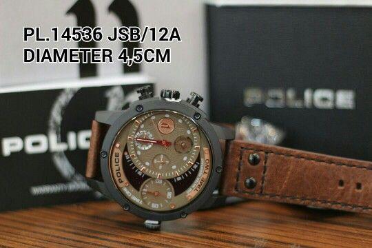 POLICE watch DUAL TiME Article : PL 14536 JSB - 12A Price : IDR 2.750.000 Diameter : 4,5 cm  Material : Leather brown - ring full black Garansi mesin 1 tahun international