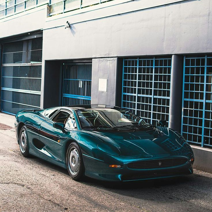 "throttlestomper: ""Jaguar XJ220   Source """